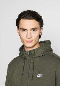 Nike Sportswear - CLUB HOODIE - Hoodie - twilight marsh - 3