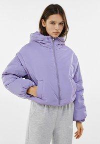 Bershka - MIT ABNEHMBAREN ÄRMELN  - Winter jacket - mauve - 0
