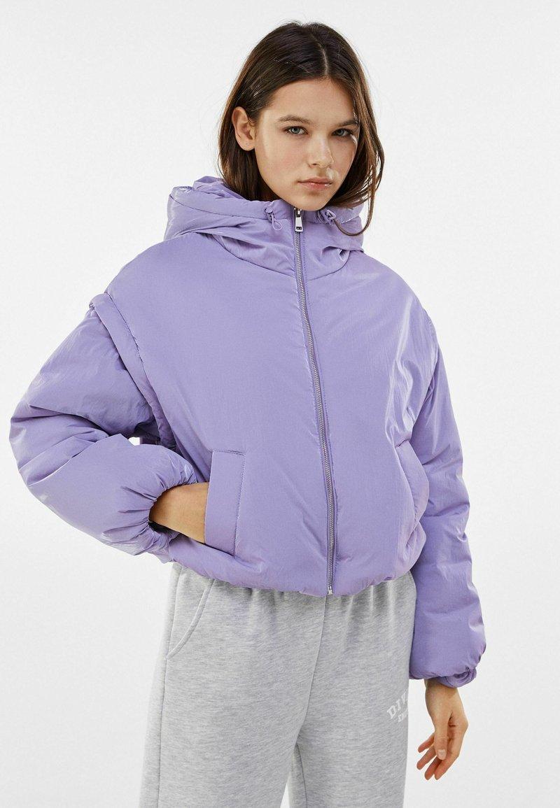 Bershka - MIT ABNEHMBAREN ÄRMELN  - Winter jacket - mauve