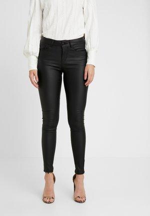 VMSEVEN SMOOTH PANT - Pantalones - black