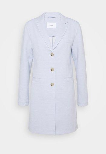 HALINI SPECIAL - Krátký kabát - morning blue