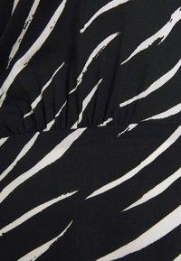 New Look Curves - SHIRRED DETAIL MIDI DRESS - Day dress - black pattern - 6