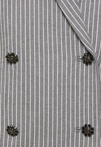 Custommade - KOBANE - Waistcoat - black/white - 7