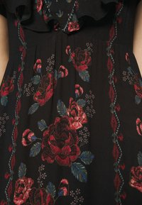 Farm Rio - EMBROIDERED FLORAL MAXI DRESS - Maxi dress - multi - 5