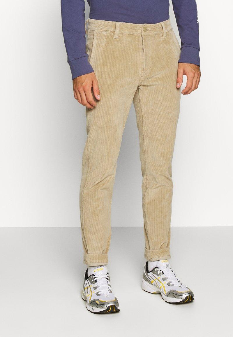 Levi's® - STD II - Spodnie materiałowe - sand/beige