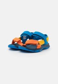 Merrell - KAHUNA UNISEX - Chodecké sandály - blue/multicolor - 1