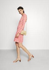 Diane von Furstenberg - NEW JEANNE - Jersey dress - ibiza red - 1