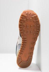 New Balance - ML574 - Sneakers - grey/green - 4