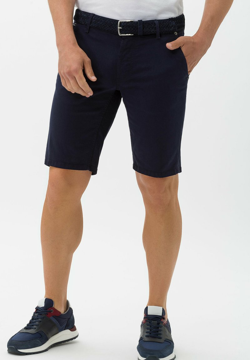 BRAX - BENNET - Denim shorts - marine
