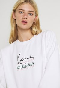 Karl Kani - SIGNATURE CREW - Sweatshirt - white - 3