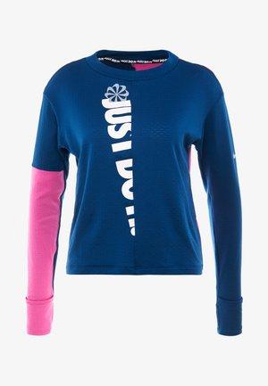 TOP CREW - Treningsskjorter - valerian blue/cosmic fuchsia