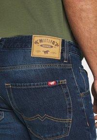 Mustang - MICHIGAN - Straight leg jeans - denim blue - 4
