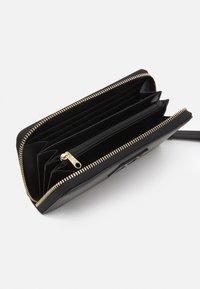 Armani Exchange - WALLET - Wallet - black - 2