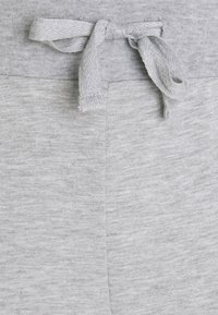 Even&Odd - Lightweight slim fit joggers - Tracksuit bottoms - mottled light grey - 2