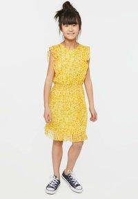 WE Fashion - WE FASHION MEISJES JURK MET GLITTERDETAILS - Vestido informal - yellow - 0