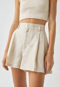 PULL&BEAR - Shorts - white - 4