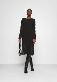 JUST FEMALE - KIFI DRESS - Denní šaty - black - 1