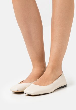 FRANCO - Ballet pumps - milk
