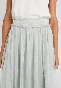Needle & Thread - HONEYCOMBE SMOCKED BALLERINA SKIRT - A-line skirt - meadow green - 3