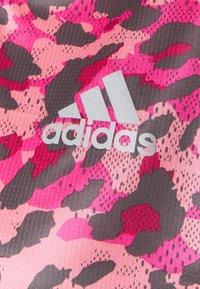 adidas Performance - PRIMEBLUE TEE - T-shirt con stampa - light pink - 5