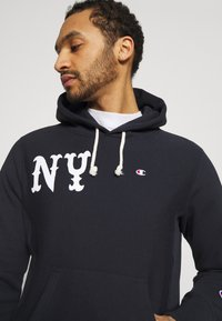 Champion Reverse Weave - HOODED NEW YORK - Sweatshirt - dark blue - 3