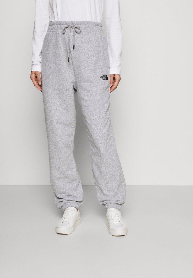 ESSENTIAL - Pantalones deportivos - light grey heather