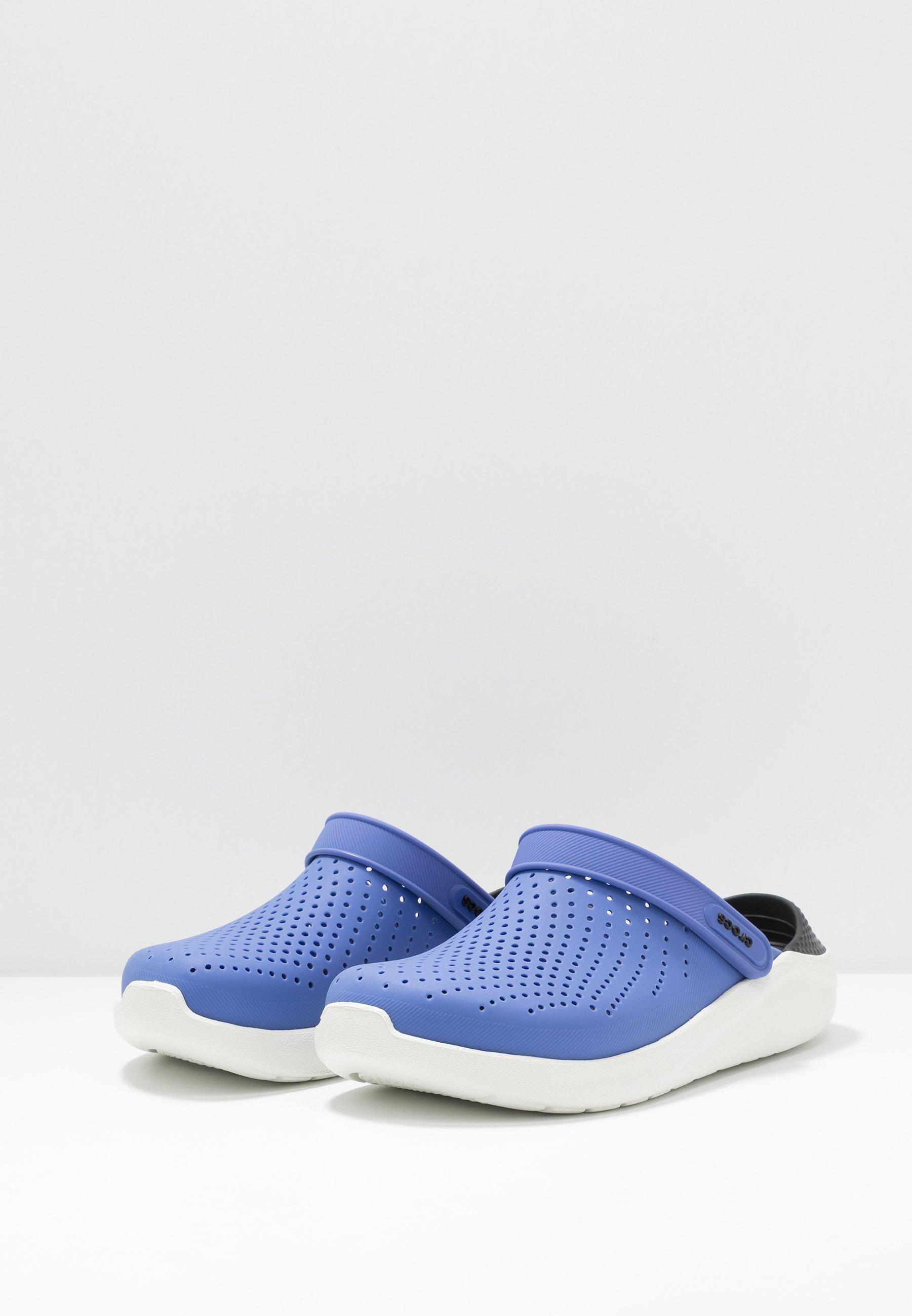 Crocs LITERIDE Pantolette flach lapis/white/blau