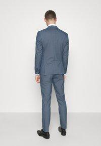 Selected Homme - SLHSLIM HOUND  SUIT SET - Traje - ashley blue - 2