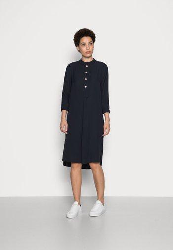 IGIRI - Shirt dress - global blue