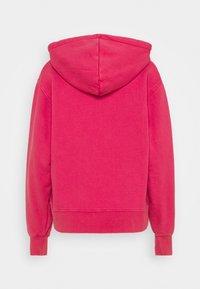 Han Kjøbenhavn - BULKY HOODIE - Felpa - faded dark pink - 8