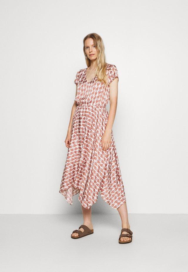 Vestido informal - minima