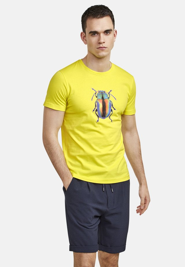 BEETLE - T-shirt con stampa - wild lime