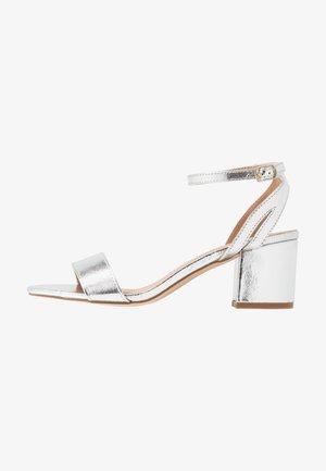 Sandały - silver