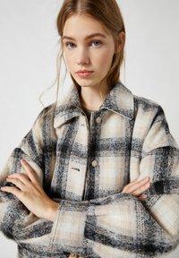 PULL&BEAR - Summer jacket - grey - 4