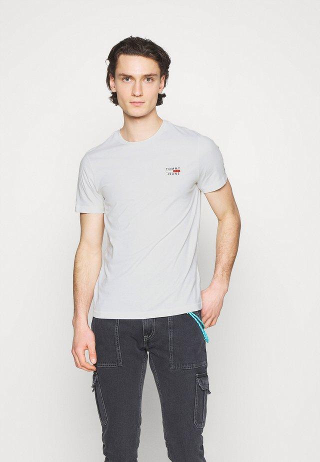 CHEST LOGO TEE - T-shirt imprimé - white