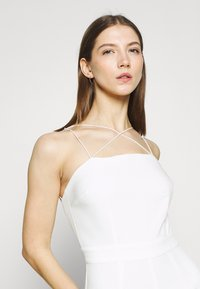 NA-KD - CROSS DETAIL - Jumpsuit - white - 4