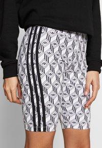 adidas Originals - CYCLING SHORTS - Shorts - black/white - 4