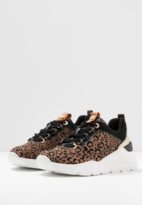 River Island - Trainers - brown - 4