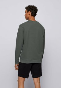 BOSS - WEEVO  - Sweatshirt - dark green - 2