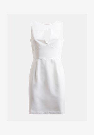 PATTI DRESS - Sukienka etui - weiß