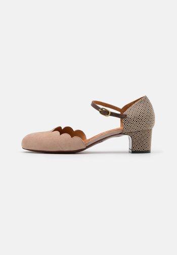UKUMA - Classic heels - peach/krisia/dali coffeee