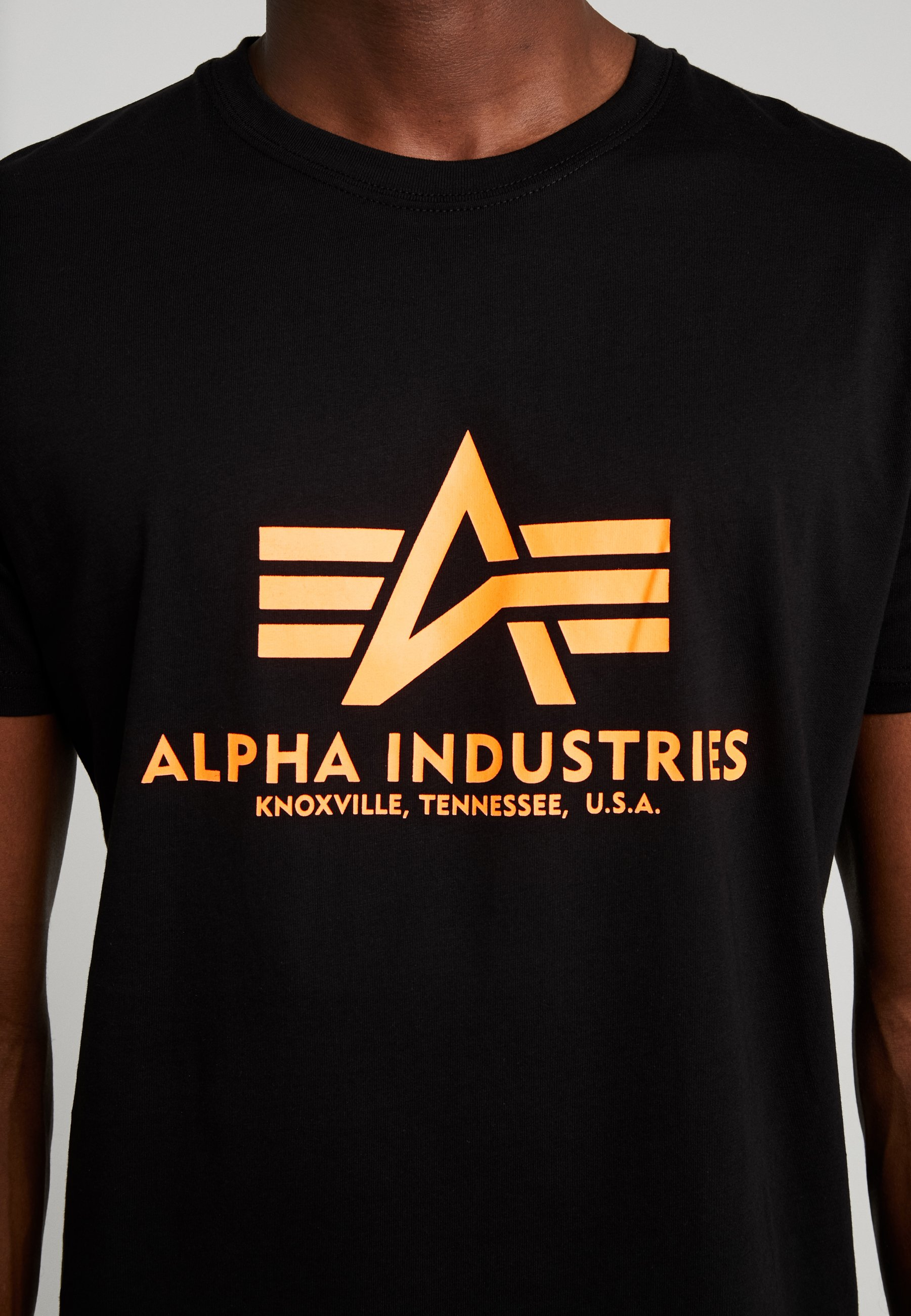 Alpha Industries T-shirts med print - black/neon yellow