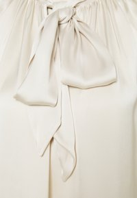 ARKET - Blouse - white dusty - 2