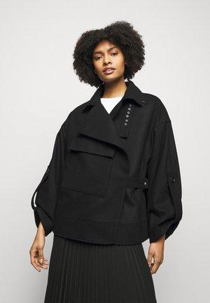 JAQUELINE - Lehká bunda - black