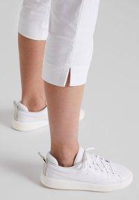 Daily Sports - MAGIC CAPRI - Trousers - white - 4