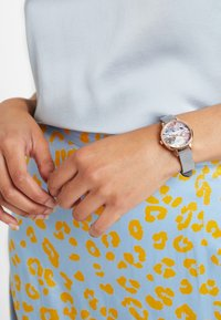 Olivia Burton - ECO FRIENDLY - Watch - grau - 0