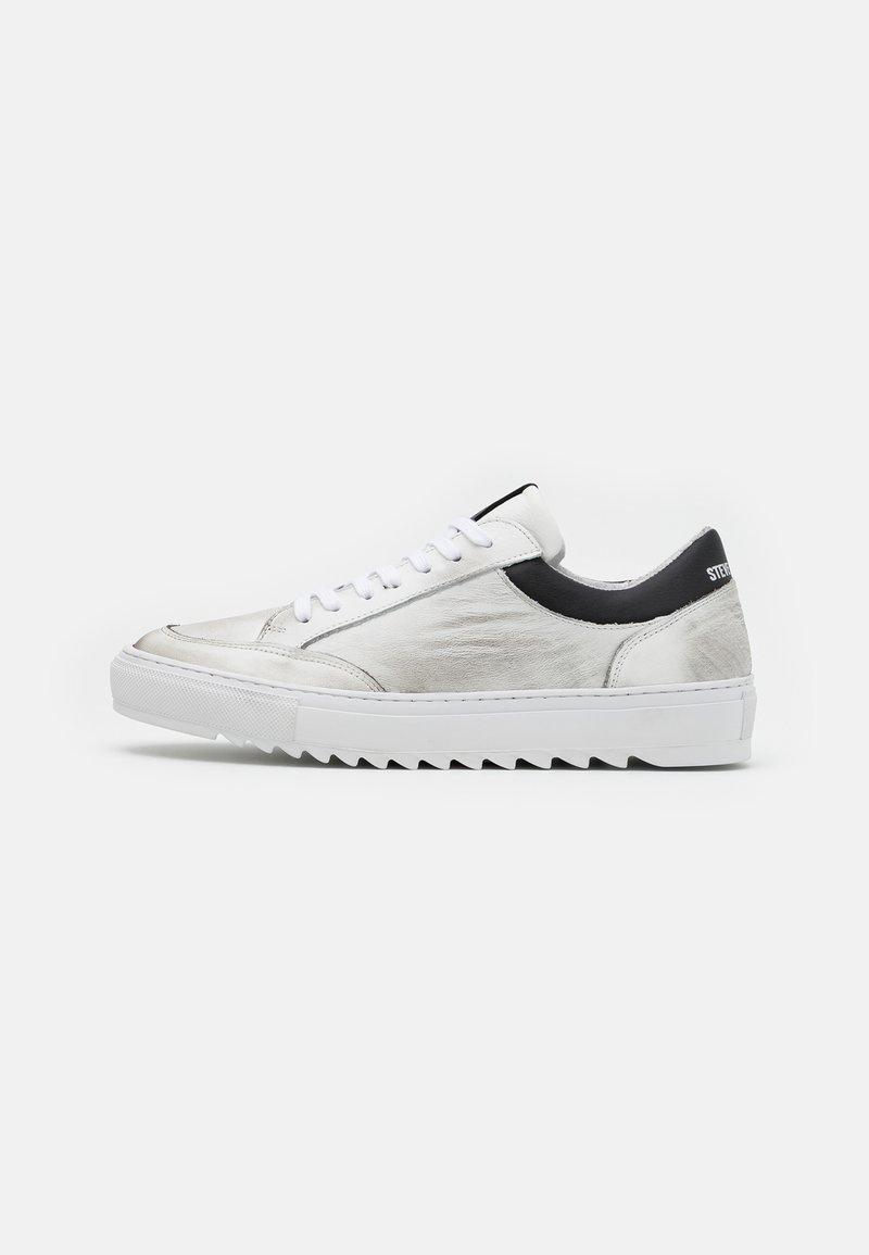 Steve Madden - STROY - Sneakersy niskie - white