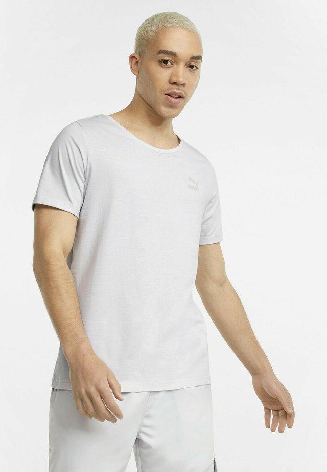 T-shirt basique - nimbus cloud