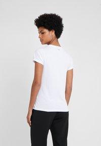 HUGO - THE PLAIN TEE - Basic T-shirt - white - 2