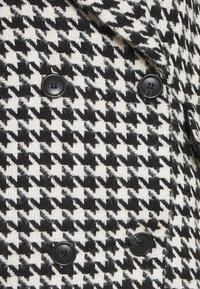 YAS Petite - YASHILMA COAT - Classic coat - black/white - 2